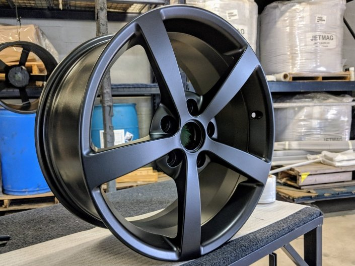 Auto Rim Powder Coated